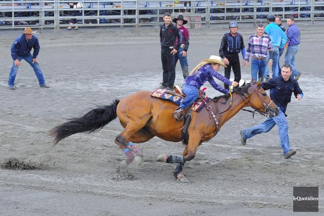 Les compétitions de gymkhana se tenaient toute la... (Photo Le Quotidien, Michel Tremblay)
