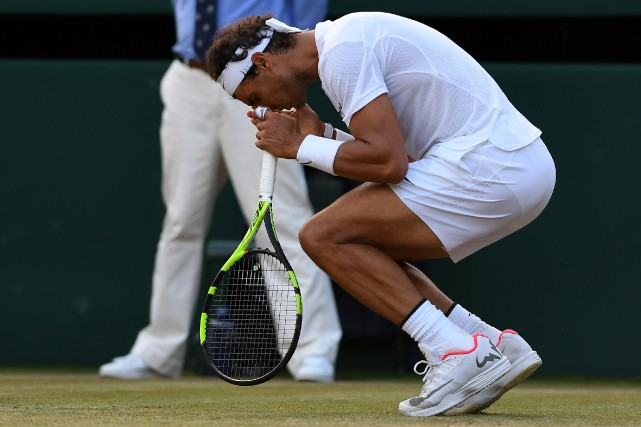Rafael Nadal a perdu en 5 manches contre... (PHOTO AFP)