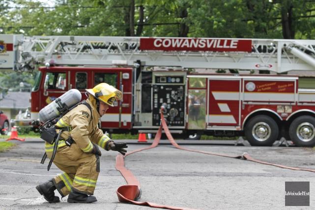 Les pompiers, qui n'ont pu identifier la cause... (archives La Voix de l'Est)