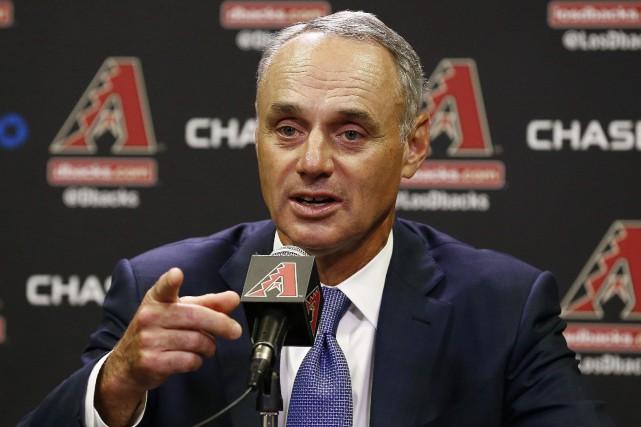 Le commissaire de laLigue majeure de baseball,Rob Manfred,... (PHOTO AP)
