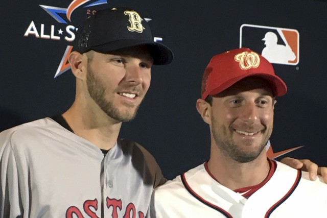 Chris Sale, des Red Sox de Boston, et... (AP, Ron Blum)