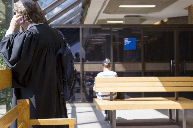 Un adolescent de 17 ans de Coaticook a été reconnu coupable d'avoir asséné un... (Archives La Tribune, Marie-Lou Béland)