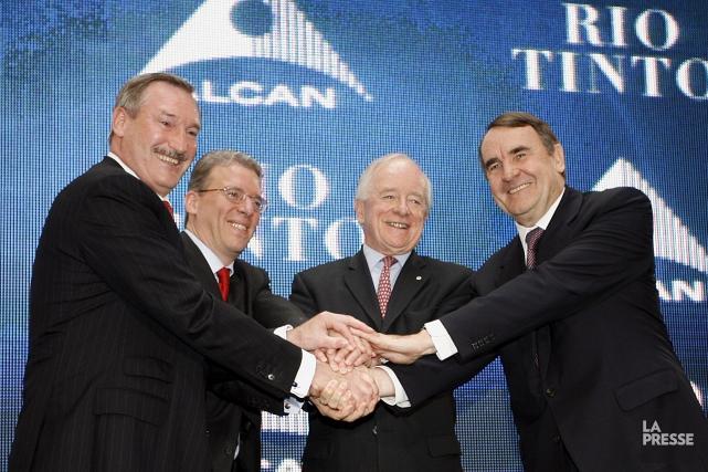 Dick Evans, pdg d'Alcan, Paul Albanese, président et... (Archives La Presse)
