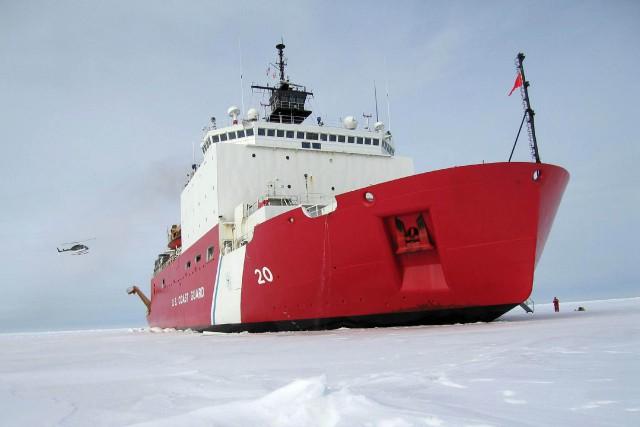 Un photo dubrise-glaces américain Healy.... (ARCHIVES AFP)