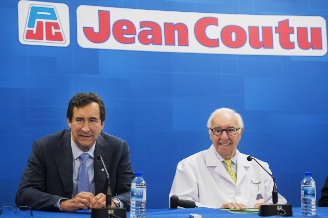 Jean Coutu (à droite) a notamment reproché au... (La Presse Canadienne)