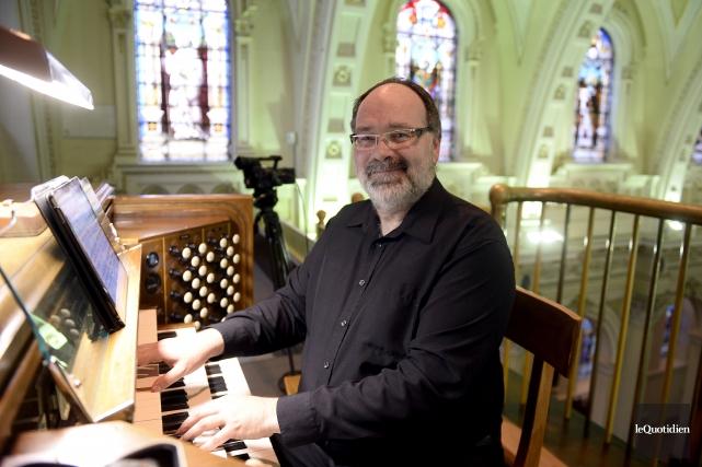 L'organiste Marc d'Anjou a offert un concert en... (Photo Le Quotidien, Jeannot Lévesque)