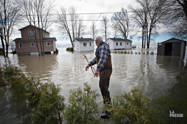 Des sinistrés des inondations du printemps dernier devront... (PHOTO PATRICK SANFAÇON, ARCHIVES LA PRESSE)