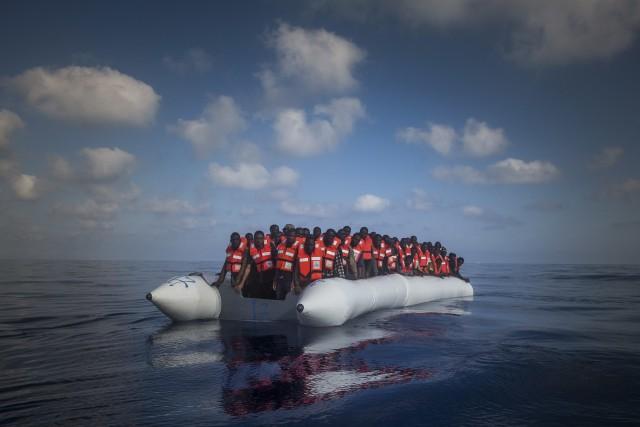 Depuis plusieurs semaines, l'Italie exhorte ses partenaires européens... (PHOTO ARCHIVES AP)