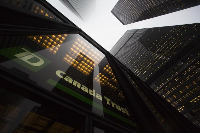 Le taux préférentiel sur les prêts est celui... (PHOTO ARCHIVES REUTERS)