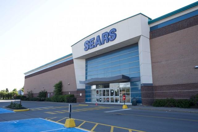 Le magasin Sears du centre Les Rivières a... (Sylvain Mayer)