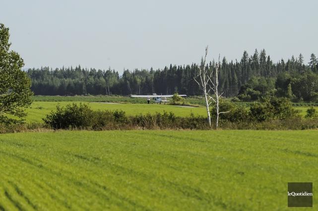 Le futur pilote a atterri d'urgence dans un... (Photo Le Quotidien, Gimmy Desbiens)