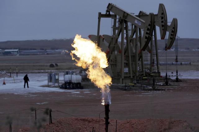 Les cours du pétrole ont terminé en hausse pour la cinquième séance de suite... (PHOTO ERIC GAY, ARCHIVES ASSOCIATED PRESS)