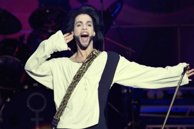 Prince en spectacle, le 21 avril 2016... (Archives AFP, Bertrand Guay)