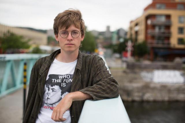 L'artisteJohn Boyle-Singfield veut gentiment bouleverser les habitués du... (Photo Olivier Pontbriand, La Presse)