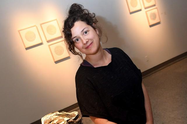 Marie-Claude Drolet expose pour une première fois en... (Photo Le Progrès, Rocket Lavoie)