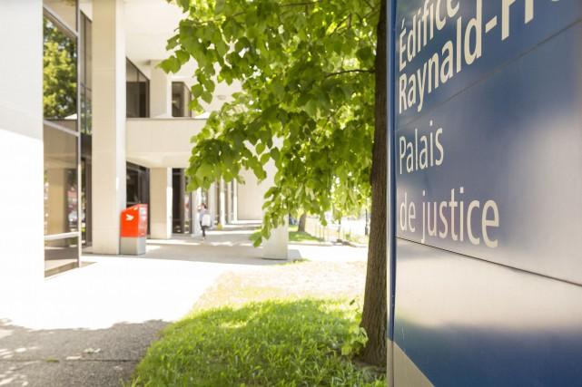 Des personnes accusées d'infractions criminelles à Sherbrooke pourront... (Spectre Média, Marie-Lou Béland)