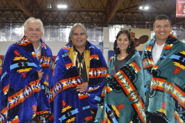 Ghislain Picard, Clifford Moar, Élisabeth Launière et Constant... (Photo Le Progrès, Louis Potvin)