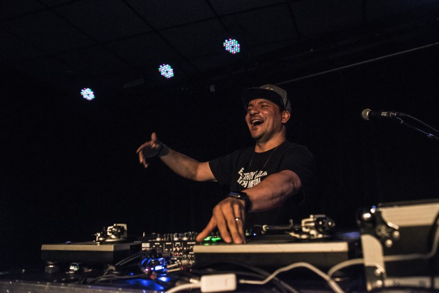 Mix Master Mike était de passage à l'Anti... (Photo Louis-Xavier Picard)