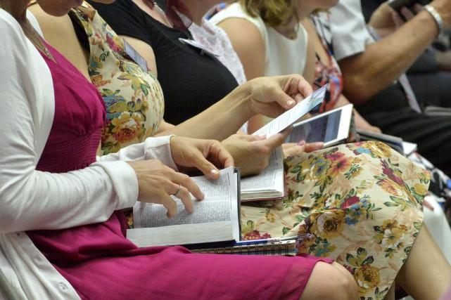 Environ 2000 témoins de Jéhovah étaient rassemblés au... (Spectre Média, Maxime Picard)