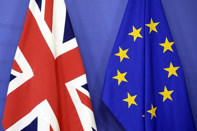 Les négociations sur le Brexit doivent même être... (PHOTO THIERRY CHARLIER, AGENCE FRANCE-PRESSE)