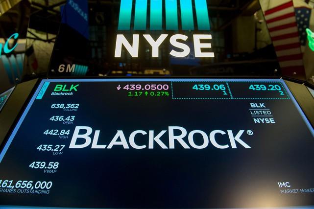 Le fonds américain BlackRock a annoncé lundi des bénéfices inférieurs aux... (PHOTO BRYAN R. SMITH, AGENCE FRANCE-PRESSE)