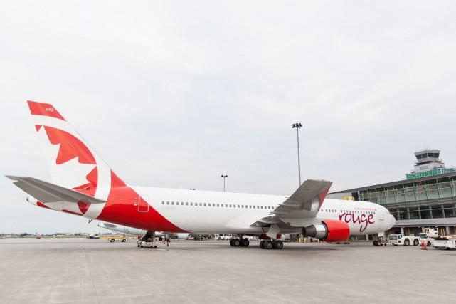 Le Boeing concerné est similaire à celui qui... (Photo fournie par Air Canada Rouge)