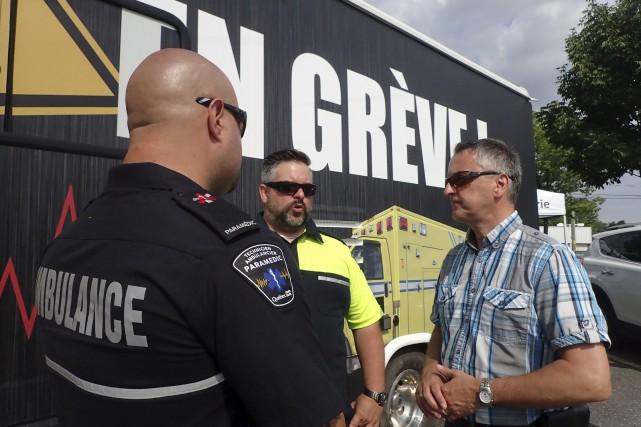 Sébastien Grenier, vice-président régional du Syndicat des paramédics... (Spectre média, René Marquis)