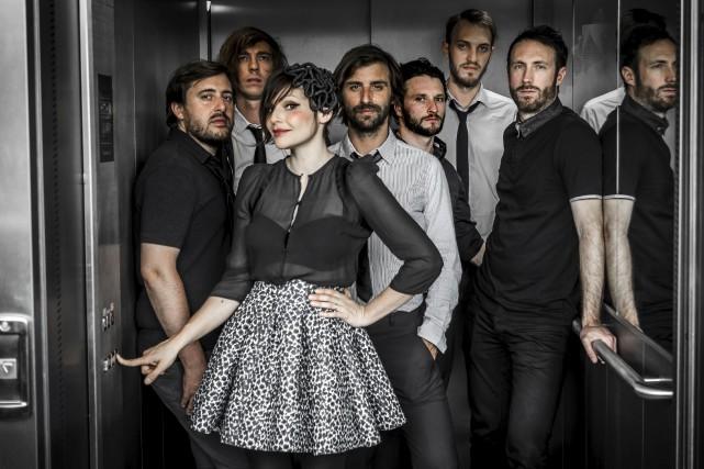 Les membres de l'inusitée formation musicale Caravan Palace... (Photo Antoine Delaporte)