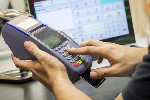 Les fraudes par cartes de crédit et de... (123RF)