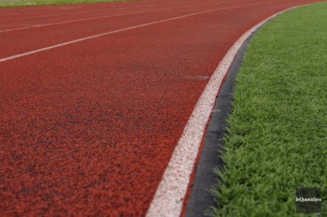 Les 40 athlètes qui représenteront la province à... (Archives Le Quotidien)