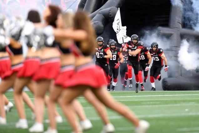 Les joueurs du Rouge et Noir d'Ottawa n'ont... (PhotoJustin Tang, La Presse canadienne)