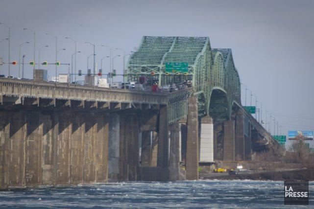Le pont Champlain qui relie la rive sud... (Photo André Pichette, La Presse)
