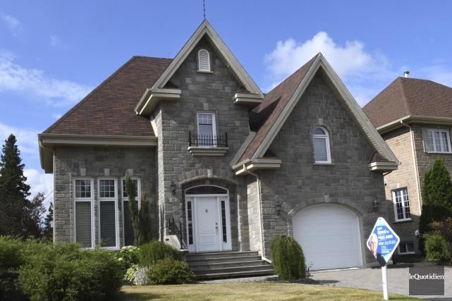 La valeur des maisons les plus chères a... (Photo Le Quotidien, Michel Tremblay)