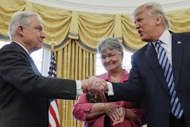 Jeff Sessions, un sénateur de longue date, a... (ARCHIVES AP)