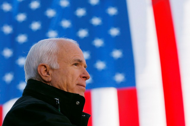 John McCain... (PHOTO REUTERS)
