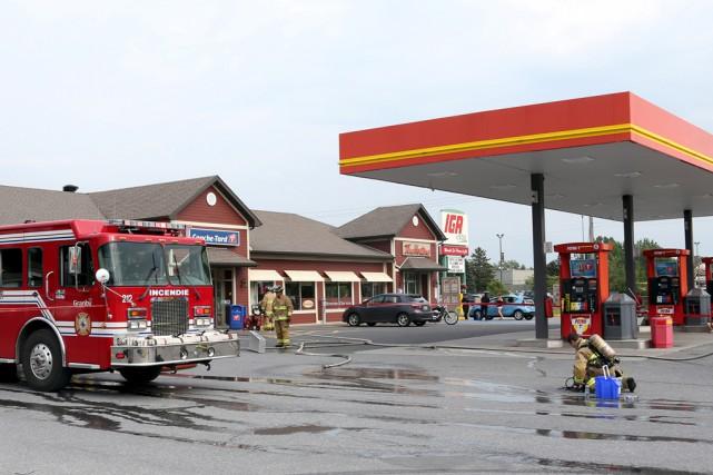 Les pompiers de Granby sont intervenus peu avant... (Christophe Boisseau-Dion)