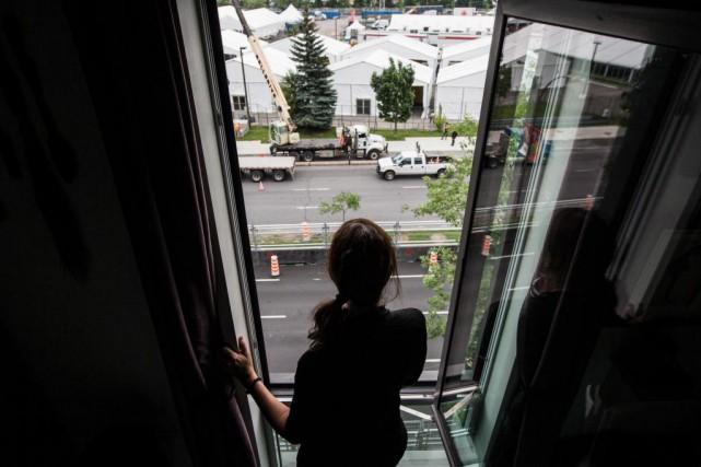RoxanneDucharme, résidante du boulevard René-Lévesque, dit vouloir déménager... (Photo EdouardPlante-Fréchette, La Presse)