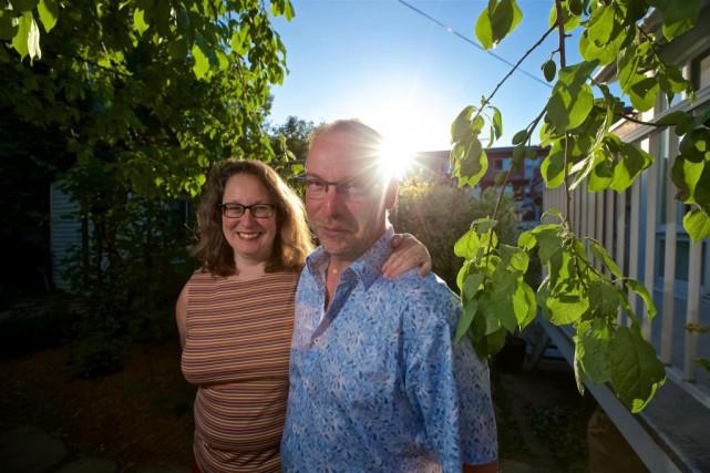 François Trudel de Gagné et Julie Dubuc transférent... (Photo André Pichette, La Presse)