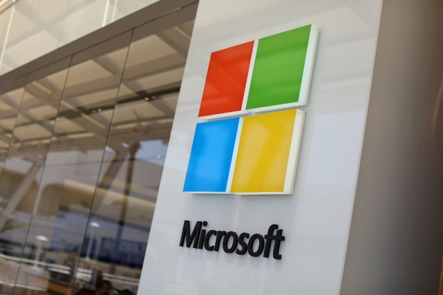Sur l'ensemble de l'exercice, Microsoft a vu son... (PHOTO ARCHIVES REUTERS)