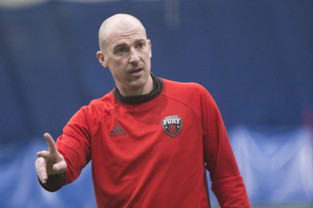 Paul Dalglish, entraîneur-chef du Fury... (Simon Séguin-Bertrand, Archives Le Droit)