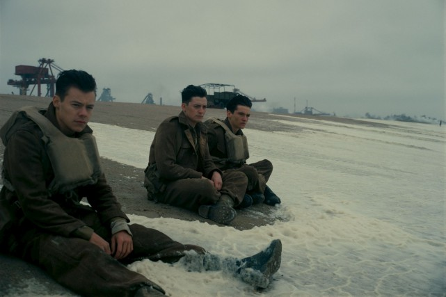 Christopher Nolan raconte son histoire notamment à travers... (Fournie par Warner Bros)