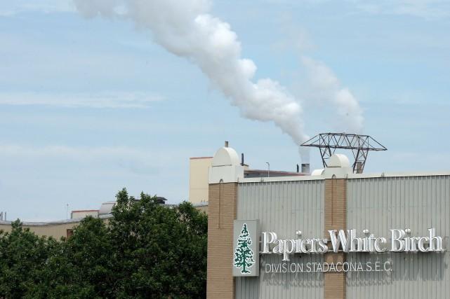 Au moment de la réouverture, en août 2012, de l'usine Stadacona de Papiers... (Photothèque Le Soleil, Erick Labbé)
