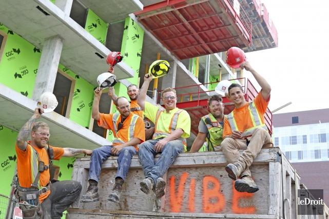 Les ouvriers en vacances pourront profiter d'un temps... (Patrick Woodbury, Le Droit)