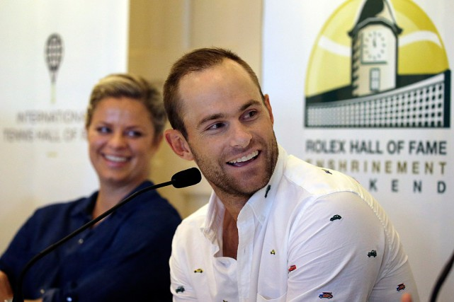 Kim Clijsters et Andy Roddick ont participé à... (PHOTO ELISE AMENDOLA, ASSOCIATED PRESS)