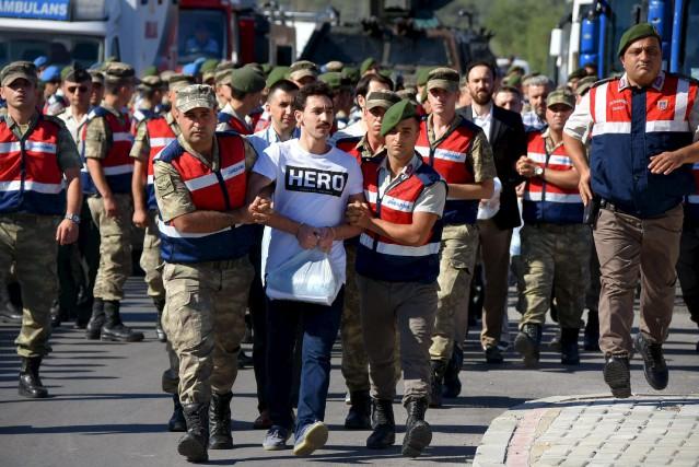 Les autorités turques considèrent que les gens qui... (AFP)