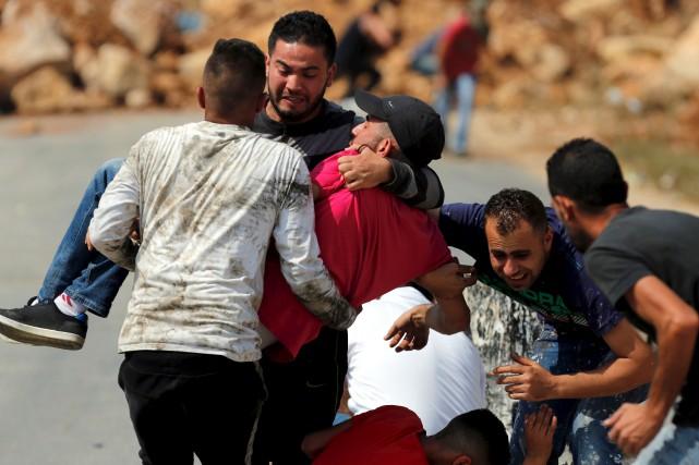 Samedi, de nouvelles violences près de Jérusalem ont... (AFP, Abbas Momani)