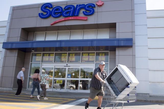 Sears Canada a entrepris des ventes de liquidation,... (La Presse canadienne, Ryan Remiorz)