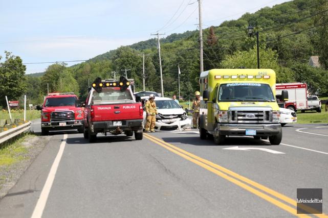 L'accident impliquant sept personnes n'a heureusement fait aucun... (Julie Catudal, La Voix de l'Est)