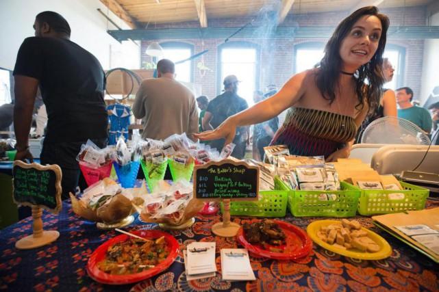 Des micro-producteurs de pot ont présenté leurs produits... (Photo Robert Skinner, La Presse)