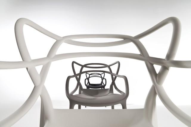 Chaises Masters, conçues chez Kartell (366 $)... (fournie par Skedio)
